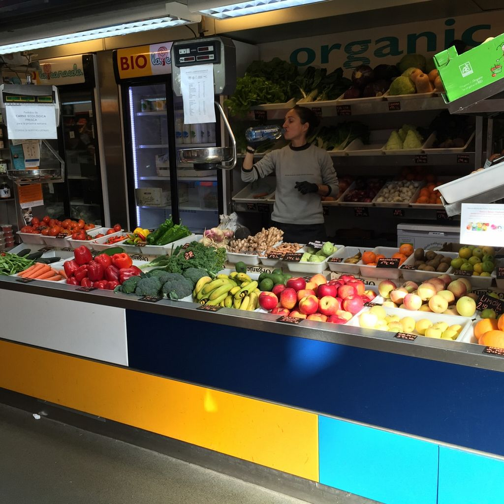 """Photo of La Caracola  by <a href=""""/members/profile/MyVeganJoy"""">MyVeganJoy</a> <br/>fresh organic produce and vegan products <br/> February 7, 2016  - <a href='/contact/abuse/image/56527/135382'>Report</a>"""