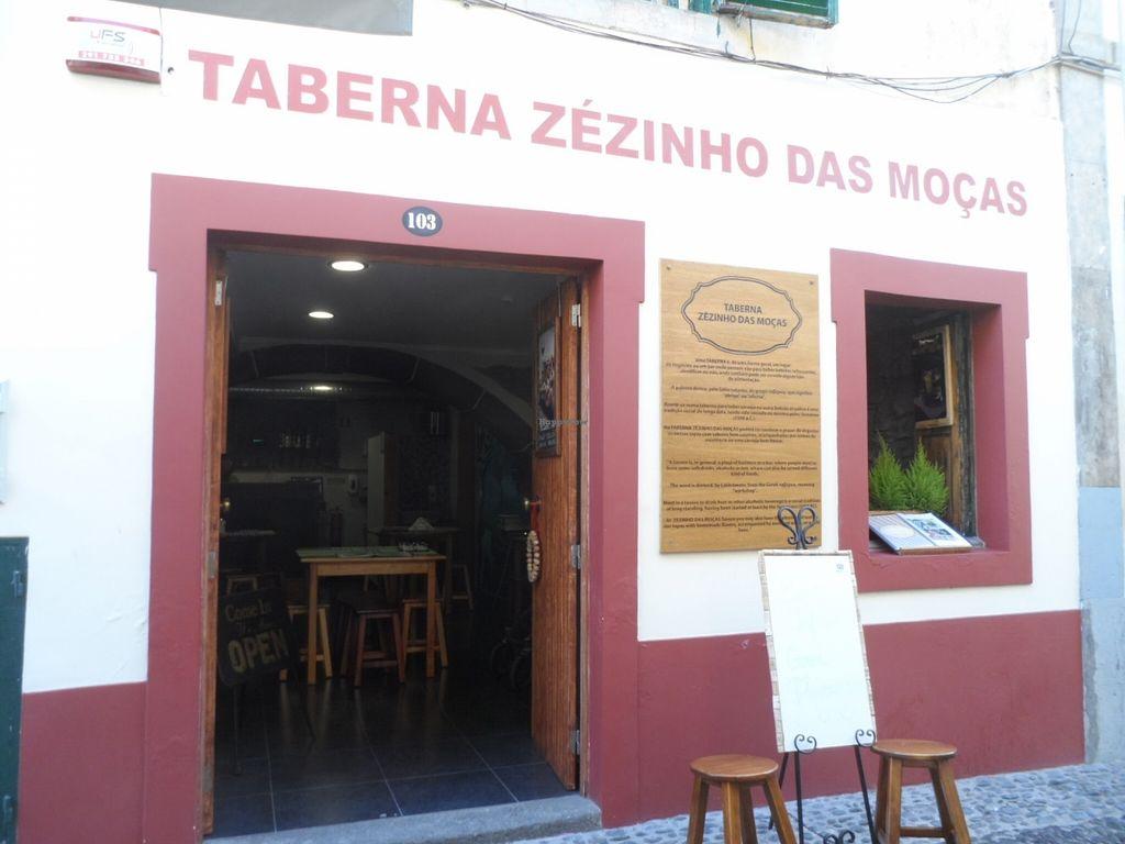 "Photo of CLOSED: Taberna Zezinho das Mocas  by <a href=""/members/profile/Clare"">Clare</a> <br/>Taberna Zézinho das Mocas <br/> December 18, 2015  - <a href='/contact/abuse/image/56604/128983'>Report</a>"