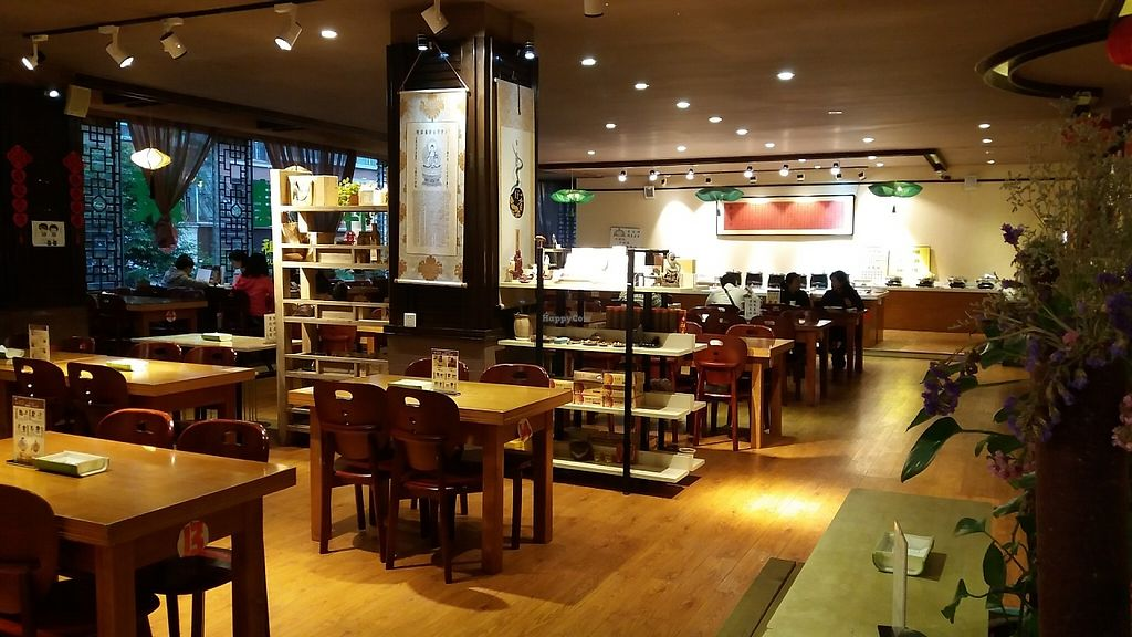 """Photo of Su Ji Xiang  by <a href=""""/members/profile/huawhenua"""">huawhenua</a> <br/>Interior of Su Ji Xiang buffet <br/> May 16, 2017  - <a href='/contact/abuse/image/56710/259283'>Report</a>"""