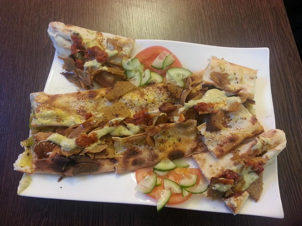 """Photo of CLOSED: Grenz-Kebap  by <a href=""""/members/profile/Pareidolise"""">Pareidolise</a> <br/>Vegan Pide with döner  <br/> April 7, 2015  - <a href='/contact/abuse/image/56743/98179'>Report</a>"""