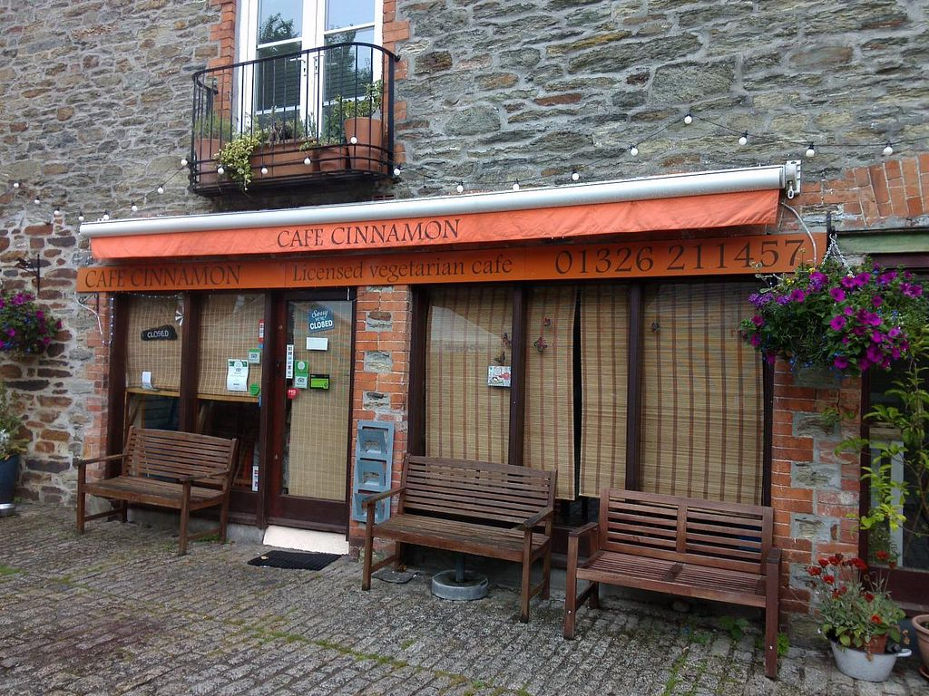 """Photo of CLOSED: Cafe Cinnamon  by <a href=""""/members/profile/Ryecatcher"""">Ryecatcher</a> <br/>Cafe Cinnamon from outside <br/> June 22, 2015  - <a href='/contact/abuse/image/56771/106962'>Report</a>"""
