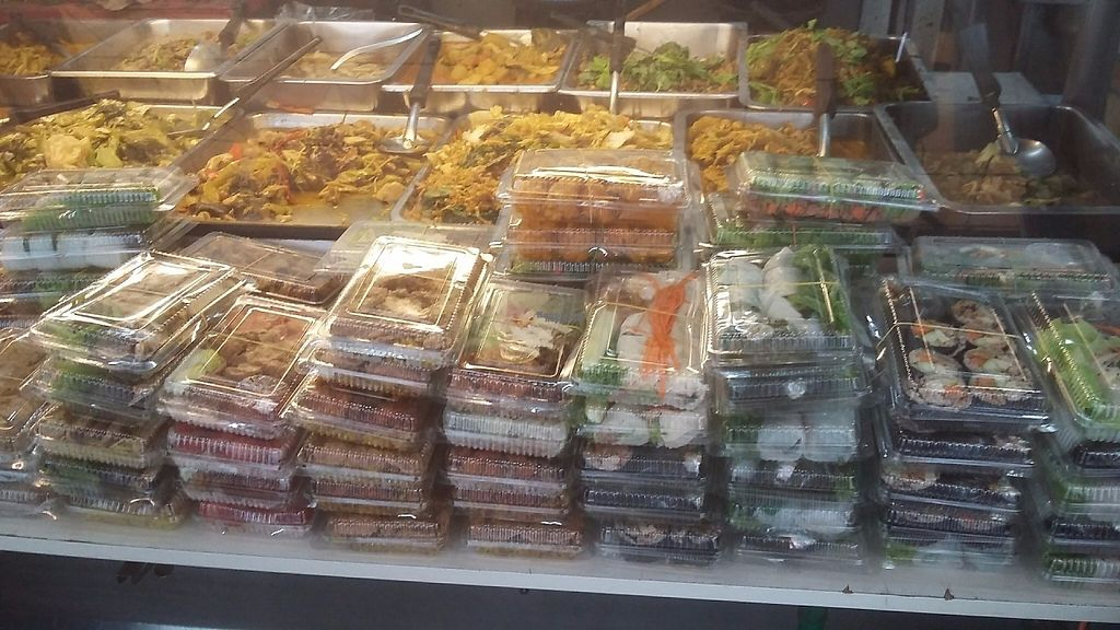 "Photo of Veg Food Stall  by <a href=""/members/profile/samlowry"">samlowry</a> <br/>A lot of takeaway options <br/> January 18, 2017  - <a href='/contact/abuse/image/56785/212983'>Report</a>"