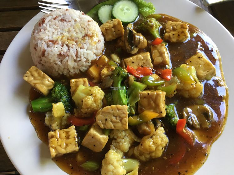 "Photo of Wulan Vegetarian Warung  by <a href=""/members/profile/rtiago"">rtiago</a> <br/>curry <br/> October 18, 2016  - <a href='/contact/abuse/image/56812/182778'>Report</a>"