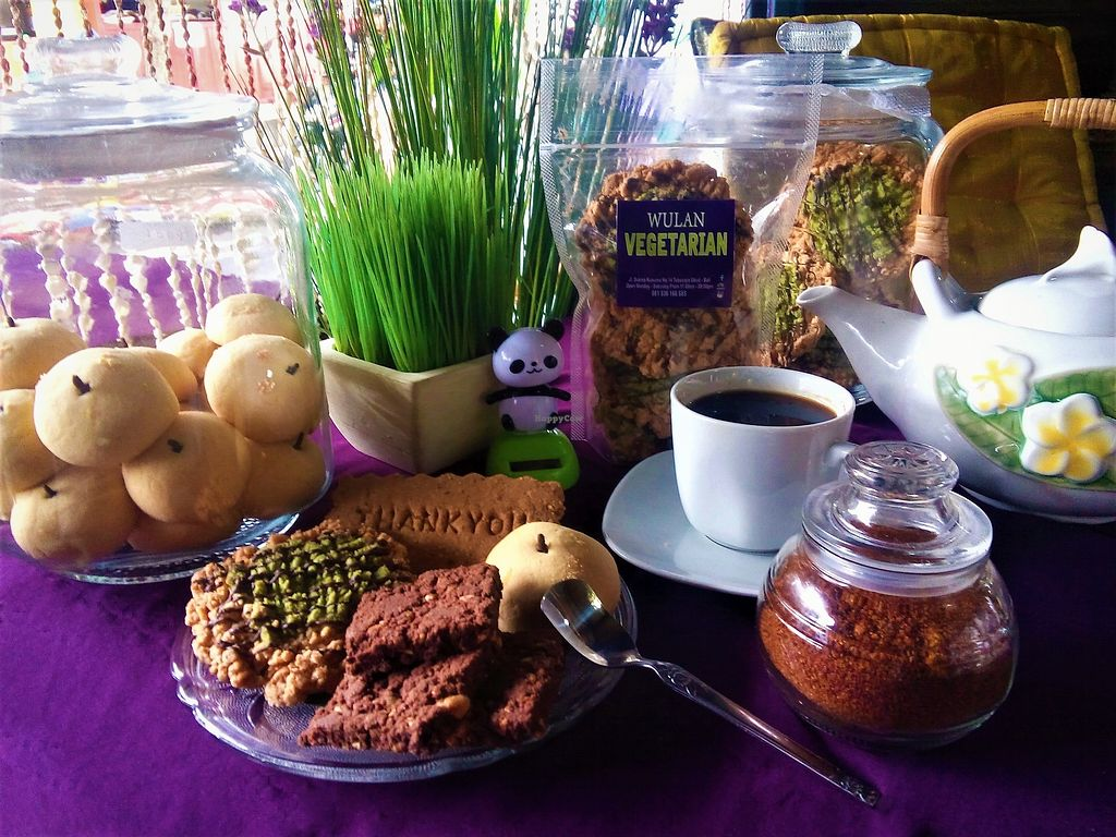 "Photo of Wulan Vegetarian Warung  by <a href=""/members/profile/retnowulan"">retnowulan</a> <br/>These vegan cookies take the cake! <br/> July 22, 2017  - <a href='/contact/abuse/image/56812/283128'>Report</a>"