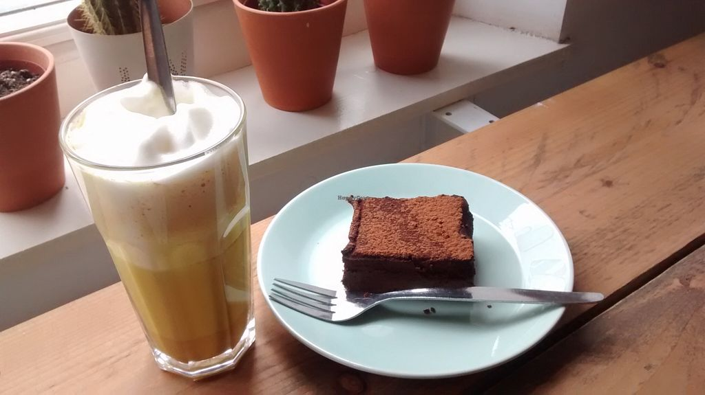 "Photo of The Living  by <a href=""/members/profile/Ricardo"">Ricardo</a> <br/>Brownie + Chai Latte (Gold version)
