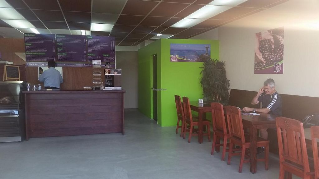 """Photo of Acai Deli and Juice Bar  by <a href=""""/members/profile/kenvegan"""">kenvegan</a> <br/>inside <br/> April 4, 2015  - <a href='/contact/abuse/image/56974/97796'>Report</a>"""
