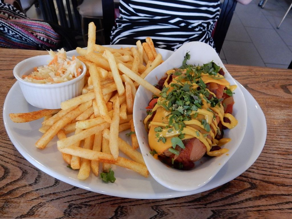 """Photo of CLOSED: Veg Bar  by <a href=""""/members/profile/LilacHippy"""">LilacHippy</a> <br/>Chilli Dog <br/> July 5, 2016  - <a href='/contact/abuse/image/56985/158035'>Report</a>"""