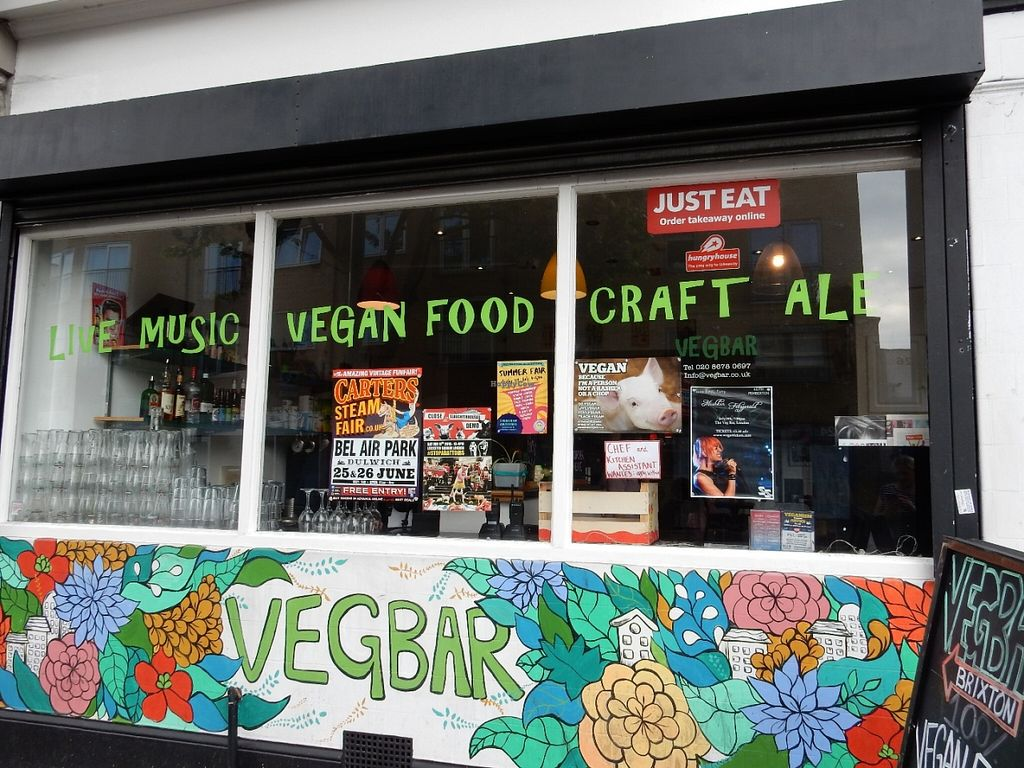 """Photo of CLOSED: Veg Bar  by <a href=""""/members/profile/LilacHippy"""">LilacHippy</a> <br/>Exterior <br/> July 5, 2016  - <a href='/contact/abuse/image/56985/158036'>Report</a>"""