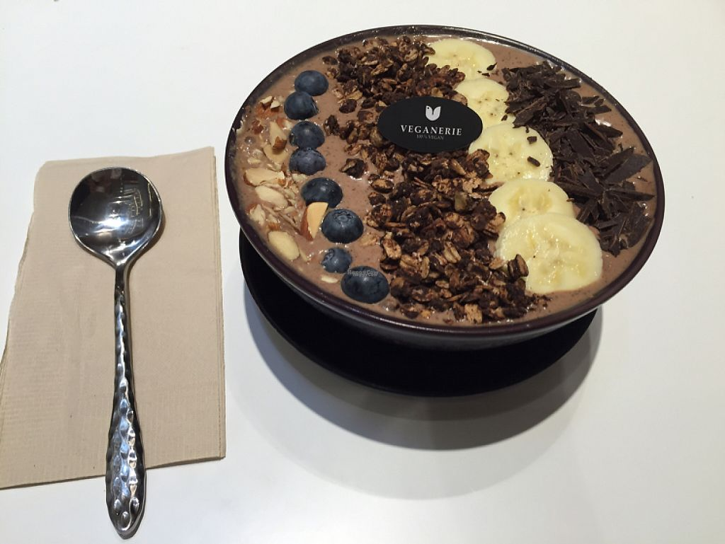 """Photo of Veganerie - EmQuartier  by <a href=""""/members/profile/sabriddelgado"""">sabriddelgado</a> <br/>This smoothie bowl was so good! I highly recommend it! <br/> January 1, 2017  - <a href='/contact/abuse/image/57025/206930'>Report</a>"""