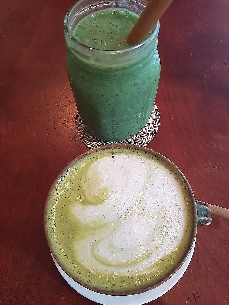 "Photo of Backyard Cafe  by <a href=""/members/profile/abeille89"">abeille89</a> <br/>matcha latte and ultimate green smoothie <br/> June 10, 2017  - <a href='/contact/abuse/image/57031/326811'>Report</a>"