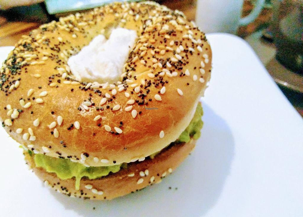 "Photo of Backyard Cafe  by <a href=""/members/profile/PANGOlin"">PANGOlin</a> <br/>Avocado, tomato & cashew cheese bagel  <br/> April 7, 2018  - <a href='/contact/abuse/image/57031/381861'>Report</a>"