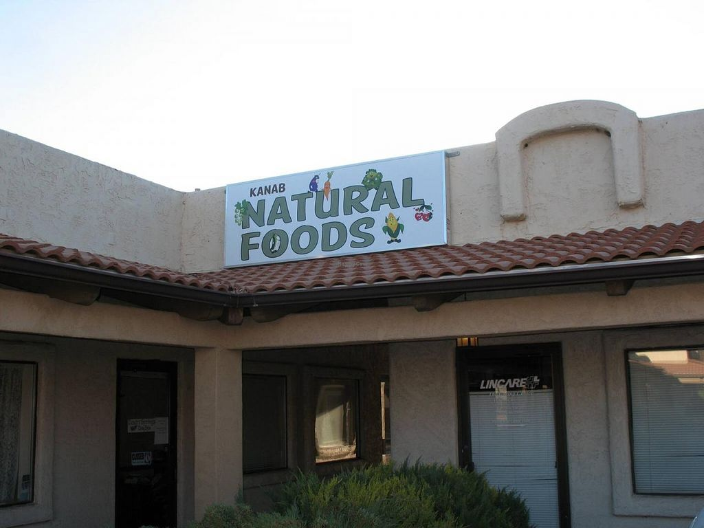 """Photo of Kanab Natural Foods  by <a href=""""/members/profile/Kanab%20Natural%20Foods"""">Kanab Natural Foods</a> <br/>Where the healthy buy groceries in Kanab <br/> April 2, 2015  - <a href='/contact/abuse/image/57038/97641'>Report</a>"""