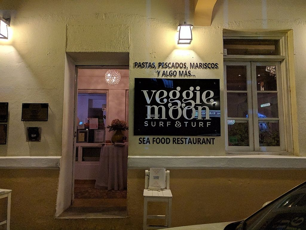 """Photo of CLOSED: Veggie Moon  by <a href=""""/members/profile/VegPanama"""">VegPanama</a> <br/>SURF & TURF <br/> April 10, 2017  - <a href='/contact/abuse/image/57047/246535'>Report</a>"""
