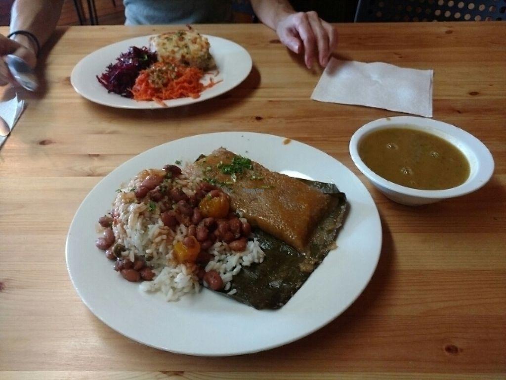 "Photo of Berlingeri Cocina Artesanal  by <a href=""/members/profile/barbicanben"">barbicanben</a> <br/>Pastel vegano and Pastelón gratinado <br/> December 31, 2016  - <a href='/contact/abuse/image/57056/206478'>Report</a>"