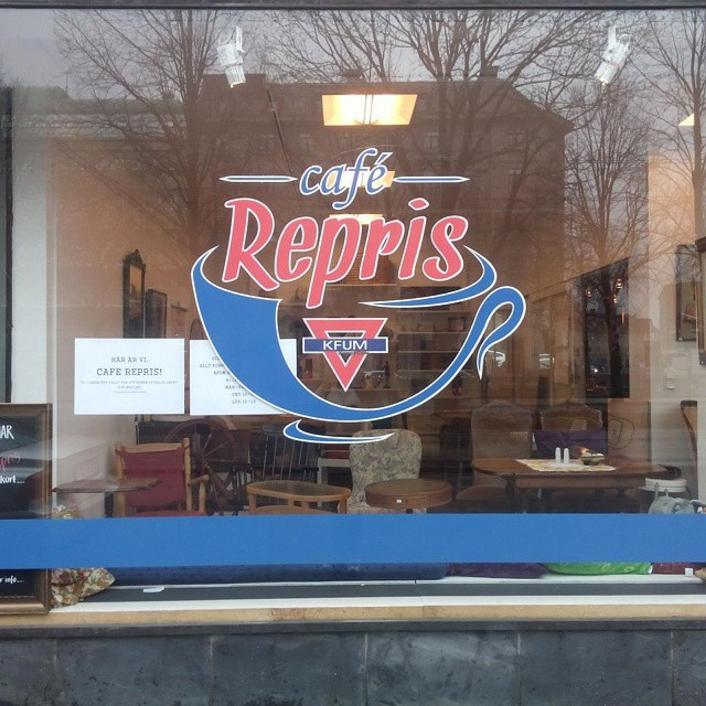 "Photo of Cafe Repris  by <a href=""/members/profile/community"">community</a> <br/>Cafe Repris <br/> April 1, 2015  - <a href='/contact/abuse/image/57063/97576'>Report</a>"