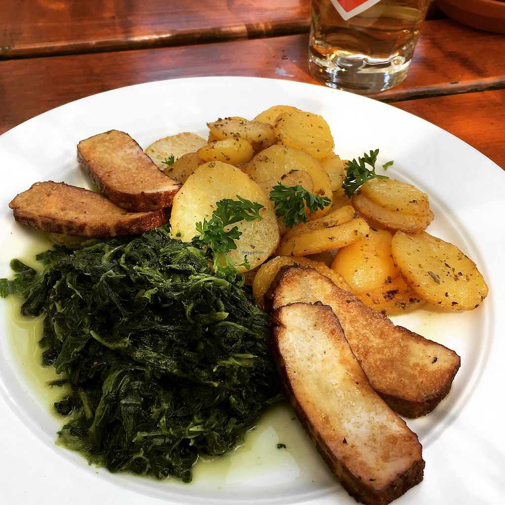 """Photo of Bioland Wirtshaus Konfetti  by <a href=""""/members/profile/vegancookie243"""">vegancookie243</a> <br/>Fried potatoes with spinach and smoked tofu <br/> July 23, 2017  - <a href='/contact/abuse/image/57124/283923'>Report</a>"""
