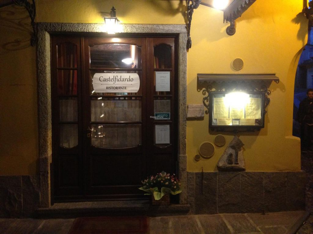 "Photo of CLOSED: Ristorante Castelfidardo  by <a href=""/members/profile/YvesDupre"">YvesDupre</a> <br/>entrance  <br/> April 6, 2015  - <a href='/contact/abuse/image/57204/98103'>Report</a>"