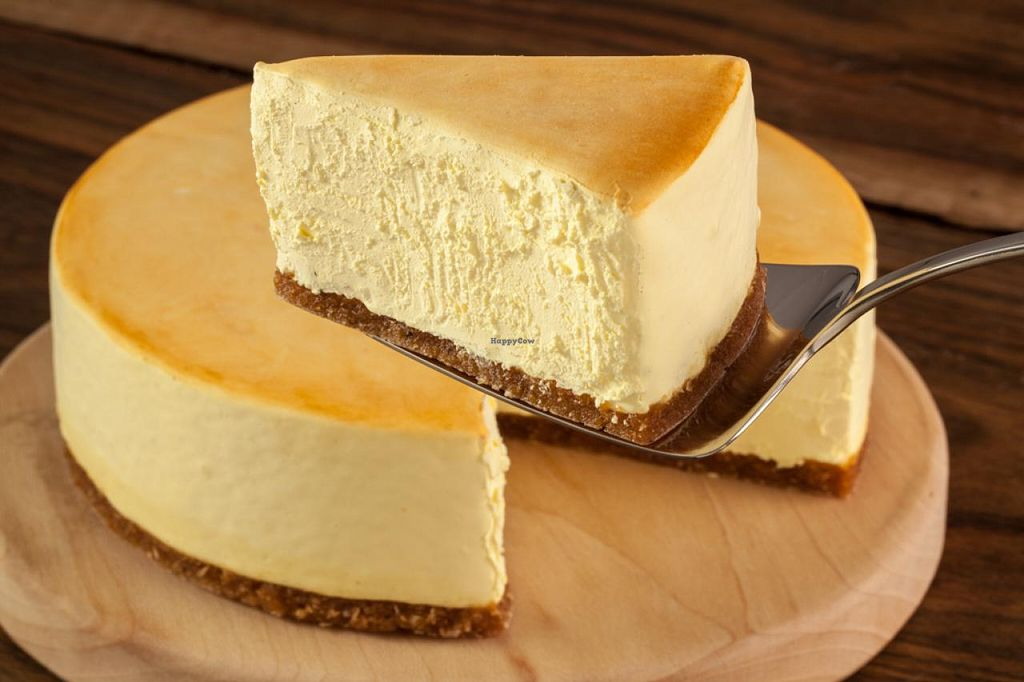 """Photo of Sirabella's Vegan Cheesecake  by <a href=""""/members/profile/sirabella"""">sirabella</a> <br/>Gourmet Vegan Cheesecake (no dairy, no eggs) <br/> April 9, 2015  - <a href='/contact/abuse/image/57223/98449'>Report</a>"""