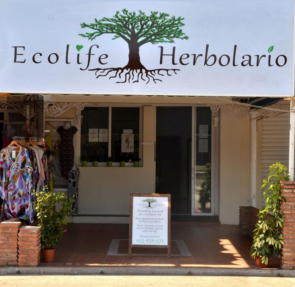 "Photo of Ecolife Herbolario  by <a href=""/members/profile/titor"">titor</a> <br/>Facade <br/> April 8, 2015  - <a href='/contact/abuse/image/57240/98236'>Report</a>"