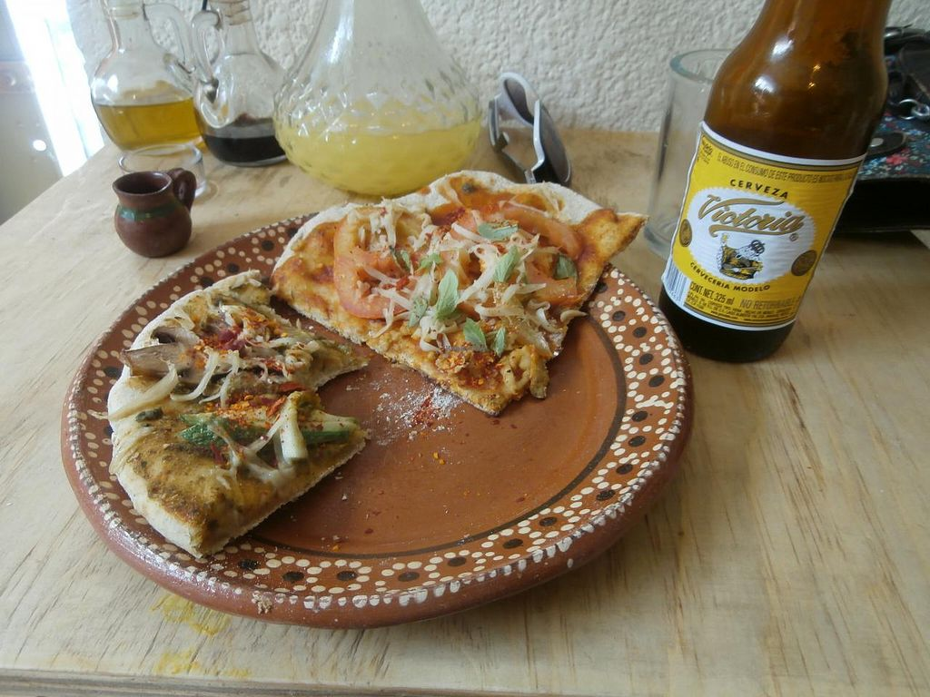 "Photo of CLOSED: Kalpoli Margarita  by <a href=""/members/profile/AdrianaAltamirano"">AdrianaAltamirano</a> <br/>pizza and beer!!! <br/> June 5, 2015  - <a href='/contact/abuse/image/57249/104848'>Report</a>"