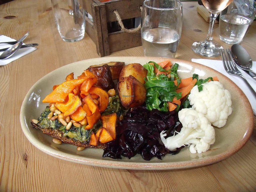 "Photo of Roebuck Inn  by <a href=""/members/profile/rebecca%20burke"">rebecca burke</a> <br/>Beautiful vegan Sunday lunch <br/> April 9, 2015  - <a href='/contact/abuse/image/57290/98423'>Report</a>"