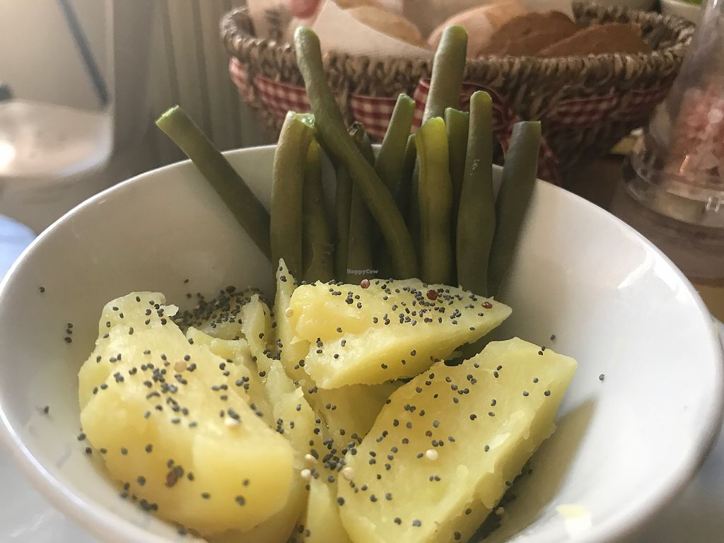 """Photo of Selezione Naturale  by <a href=""""/members/profile/NatalieDowelMcIntosh"""">NatalieDowelMcIntosh</a> <br/>potatoes and green beans  <br/> August 5, 2017  - <a href='/contact/abuse/image/57407/289112'>Report</a>"""