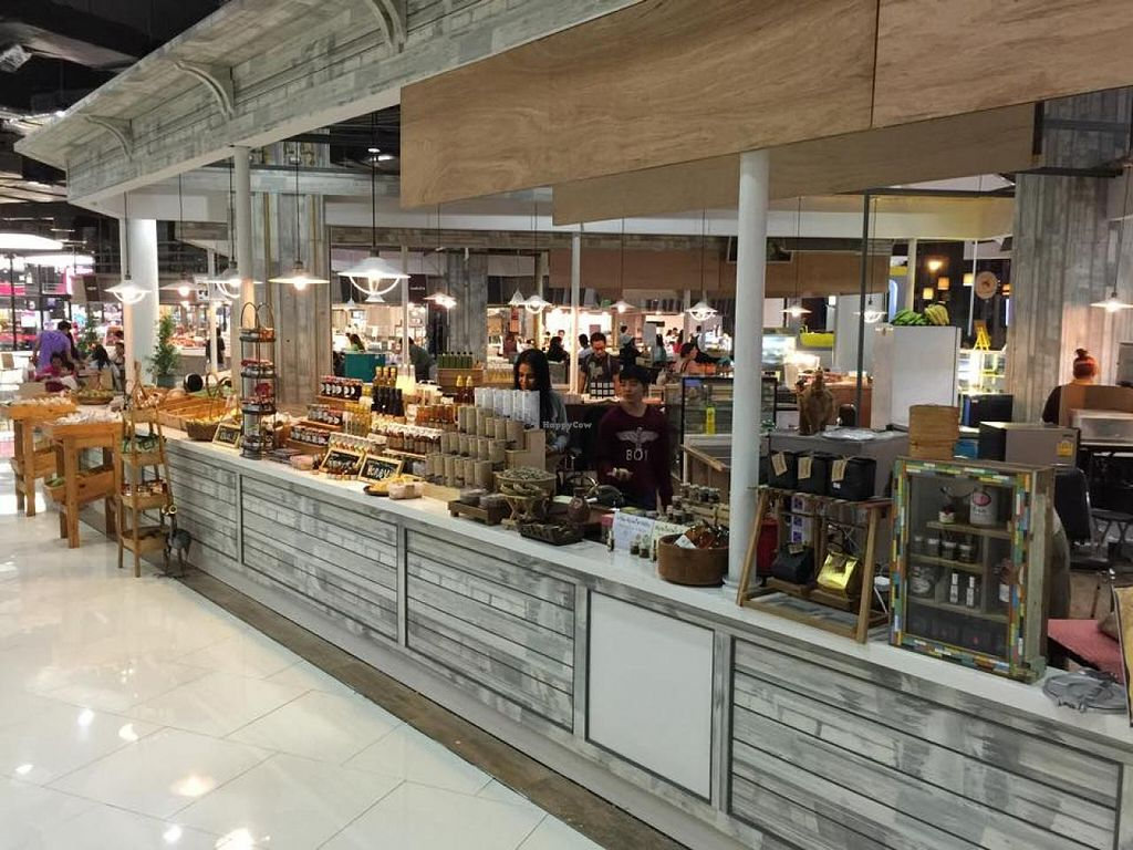 """Photo of Bangkok Farmers' Market Community Shop  by <a href=""""/members/profile/community"""">community</a> <br/>Farmers' Market Community Shop <br/> April 20, 2015  - <a href='/contact/abuse/image/57631/99704'>Report</a>"""