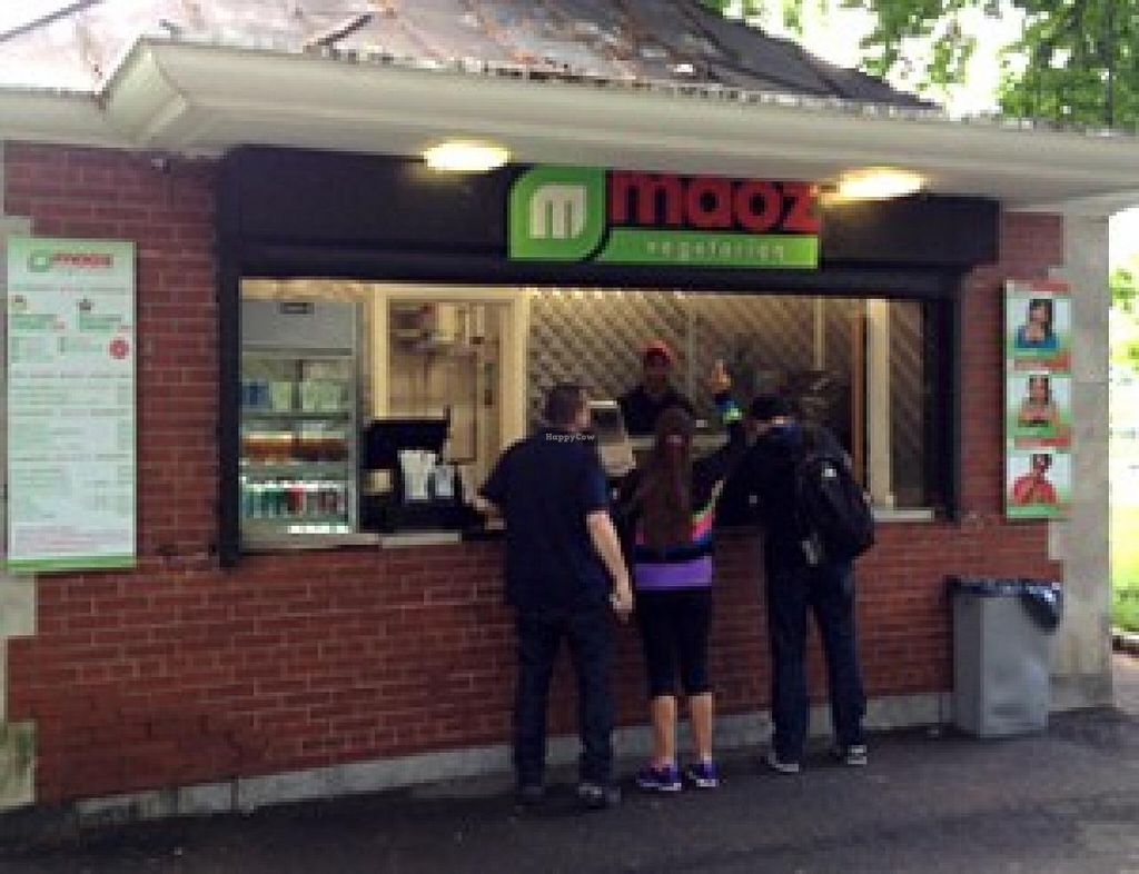 """Photo of Maoz Vegetarian - Central Park  by <a href=""""/members/profile/community"""">community</a> <br/>Maoz Vegetarian - Central Park <br/> April 20, 2015  - <a href='/contact/abuse/image/57639/99741'>Report</a>"""