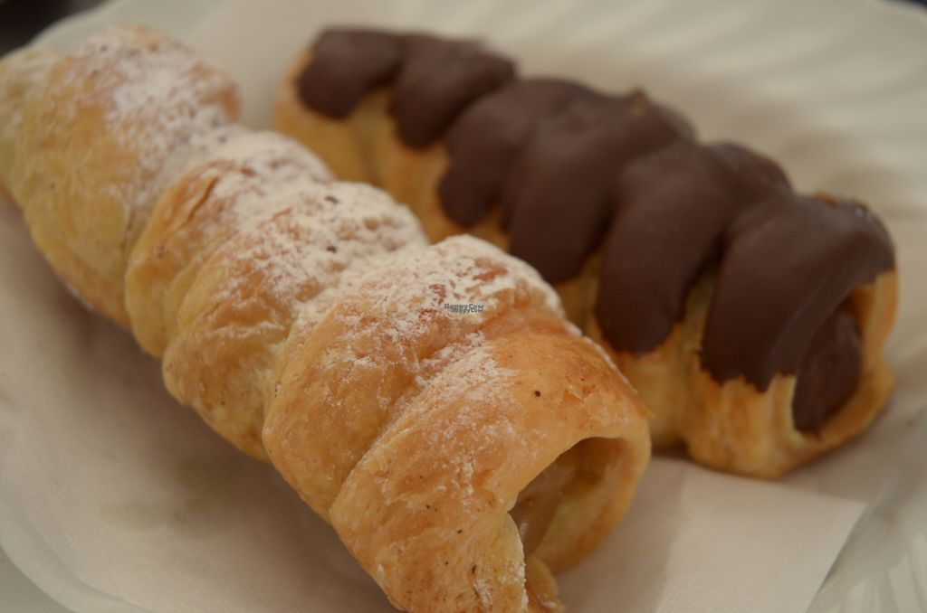 """Photo of Fratelli Piermattei  by <a href=""""/members/profile/Ciad"""">Ciad</a> <br/>Coffee & Chocolate Cannoli <br/> September 28, 2016  - <a href='/contact/abuse/image/57673/178245'>Report</a>"""