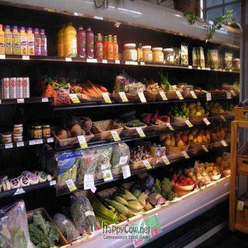 """Photo of CLOSED: Bamboo Market  by <a href=""""/members/profile/steamboatjody"""">steamboatjody</a> <br/>Our produce section filled with organic and locally grown produce <br/> April 21, 2011  - <a href='/contact/abuse/image/5770/8292'>Report</a>"""