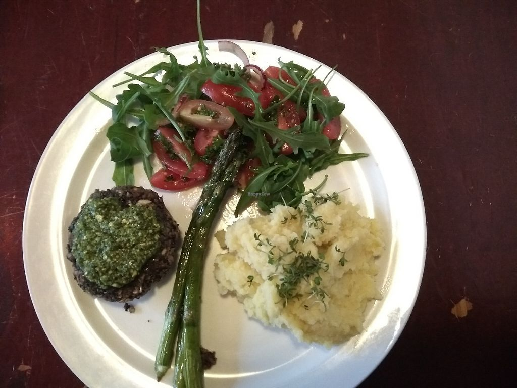 """Photo of Robin Food  by <a href=""""/members/profile/thenaturalfusions"""">thenaturalfusions</a> <br/>Main dish : grilled greens, black beans burger with pesto, mashed potatoes, asparagus, cherry tomatoes salad (Vegan) <br/> May 18, 2017  - <a href='/contact/abuse/image/57806/259797'>Report</a>"""
