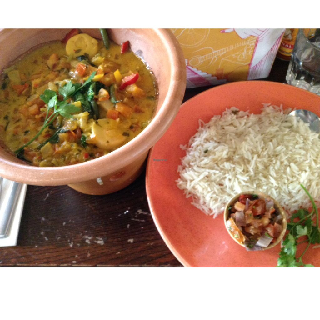 """Photo of Las Iguanas  by <a href=""""/members/profile/VeggieFromSpace"""">VeggieFromSpace</a> <br/>delicious vegan curry from las iguanas <br/> May 31, 2016  - <a href='/contact/abuse/image/57838/151531'>Report</a>"""