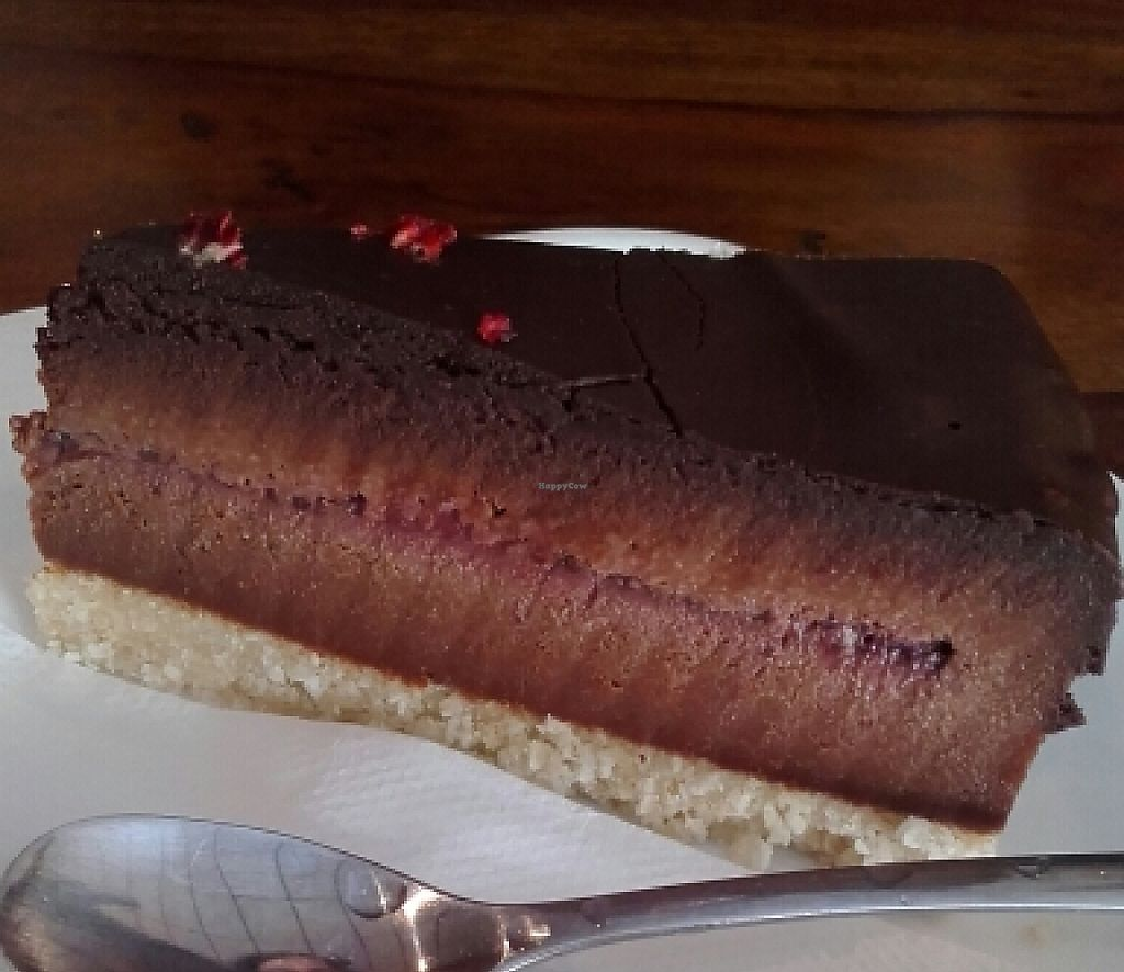 "Photo of Fina's 2  by <a href=""/members/profile/IronTheremin666"">IronTheremin666</a> <br/>raw chocolate raspberry cheesecake <br/> March 29, 2016  - <a href='/contact/abuse/image/58007/256505'>Report</a>"