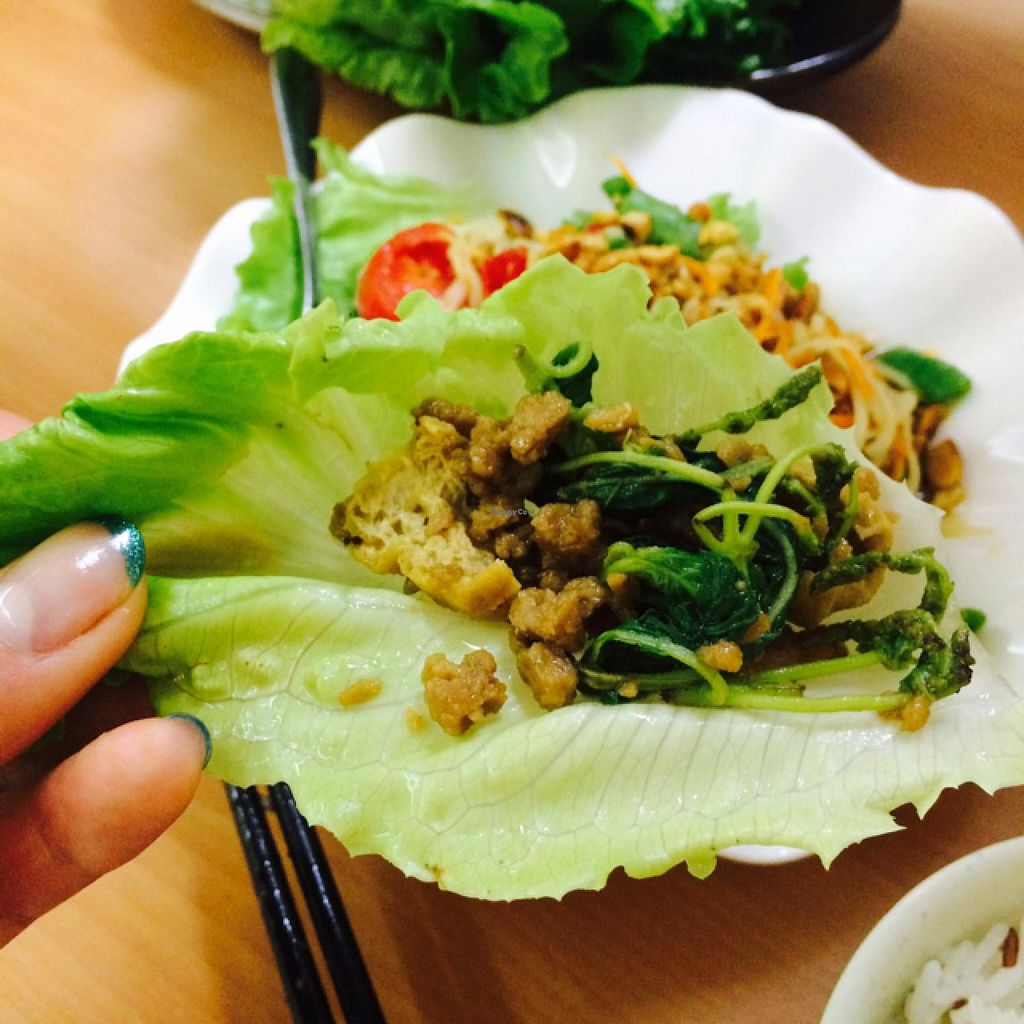 "Photo of On Thai Loi  by <a href=""/members/profile/drunkentiger"">drunkentiger</a> <br/>vege pork with lettuce  <br/> June 22, 2015  - <a href='/contact/abuse/image/58026/106990'>Report</a>"