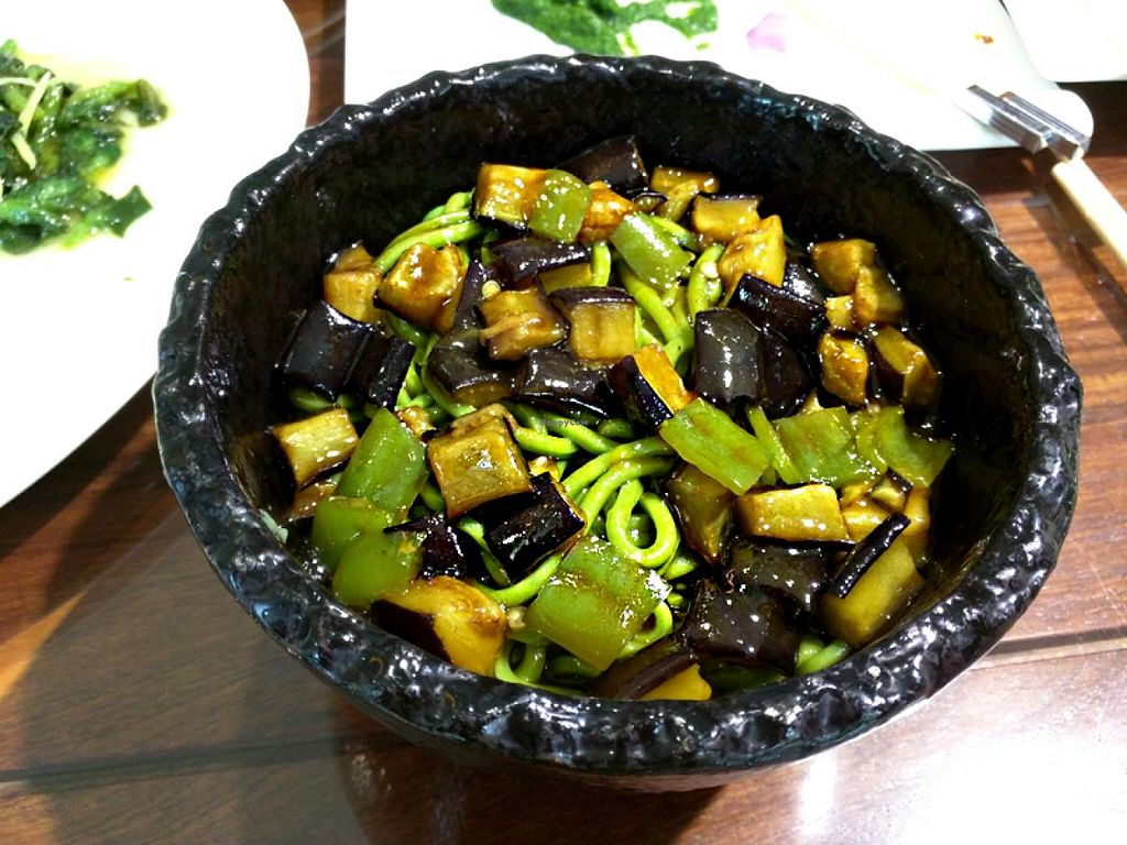 """Photo of Belencre Vegan Restaurant  by <a href=""""/members/profile/shara"""">shara</a> <br/>spinach noodles <br/> May 4, 2015  - <a href='/contact/abuse/image/58029/101215'>Report</a>"""