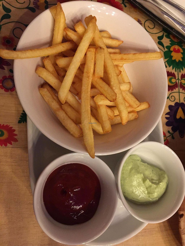 "Photo of Vege Bistro - Polish Vegan Food  by <a href=""/members/profile/FernandoMoreira"">FernandoMoreira</a> <br/>fries <br/> February 20, 2018  - <a href='/contact/abuse/image/58057/361787'>Report</a>"