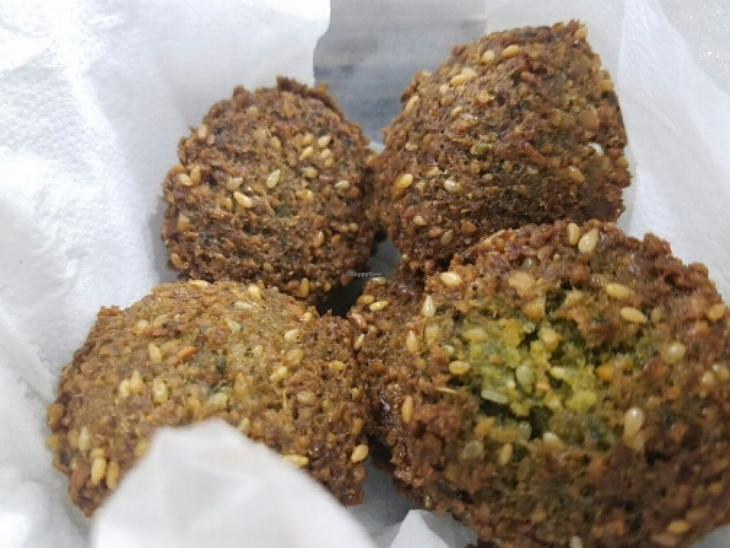 "Photo of Fafa's - Iso Roobertinkatu  by <a href=""/members/profile/kenvegan"">kenvegan</a> <br/>Falafel balls <br/> May 20, 2016  - <a href='/contact/abuse/image/58146/149976'>Report</a>"