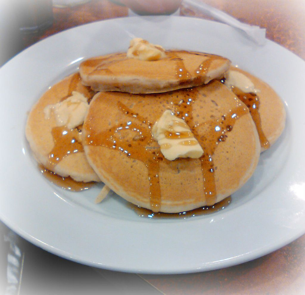 "Photo of Maywood Pancake House  by <a href=""/members/profile/V%CE%B5G%CE%9B%E2%98%A5G%CE%9BL"">VεGΛ☥GΛL</a> <br/>Classic vegan pancakes <br/> February 13, 2018  - <a href='/contact/abuse/image/58273/358655'>Report</a>"