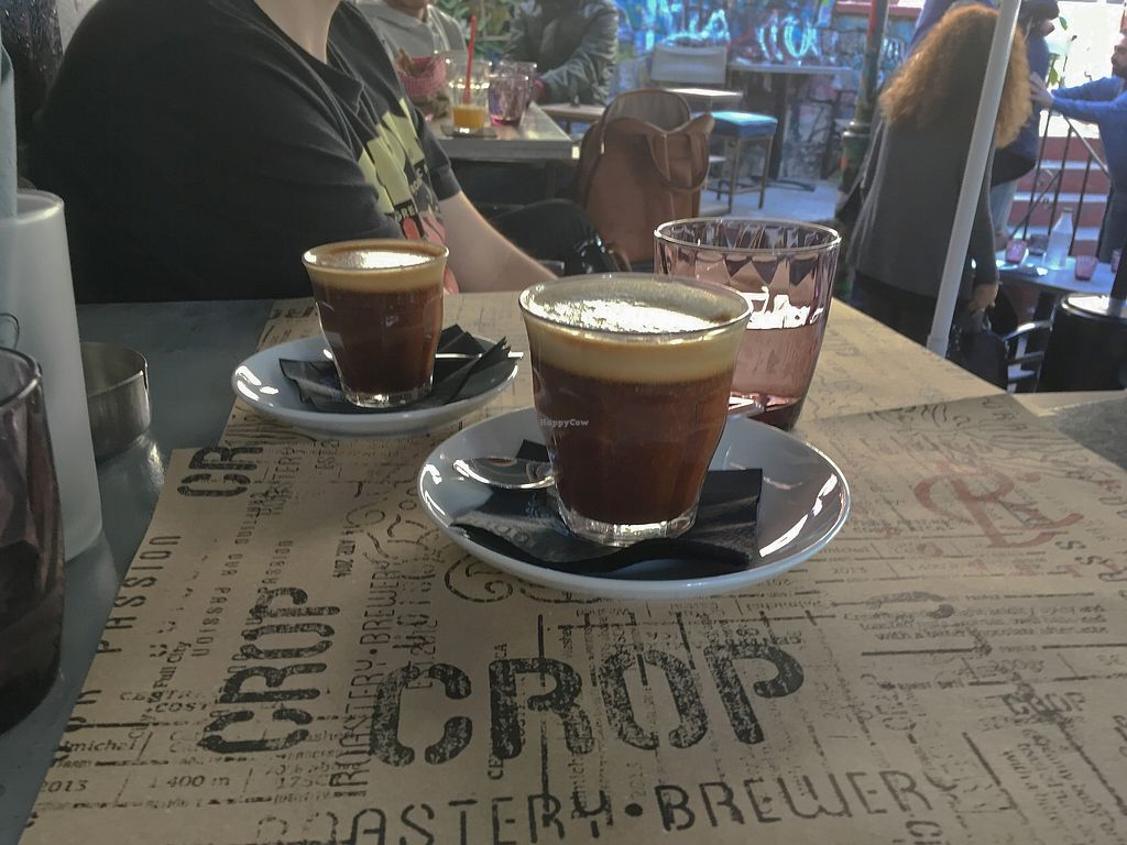 "Photo of Crop  by <a href=""/members/profile/Alina%26Deian"">Alina&Deian</a> <br/>Vegan flat white and gibraltar <br/> December 27, 2017  - <a href='/contact/abuse/image/58312/339600'>Report</a>"