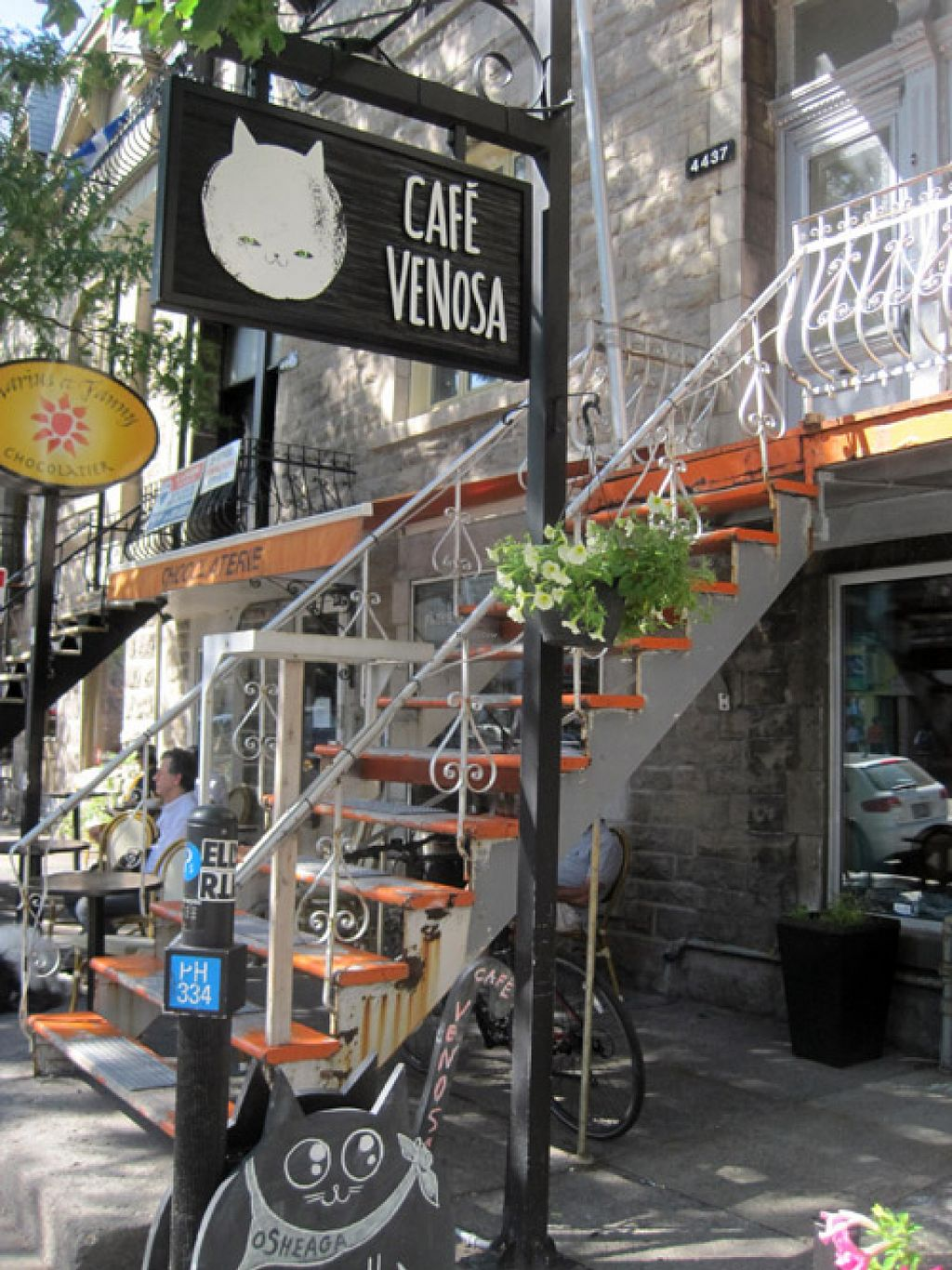 """Photo of CLOSED: Venosa Cafe  by <a href=""""/members/profile/Babette"""">Babette</a> <br/>Outside on Saint-Denis <br/> August 4, 2015  - <a href='/contact/abuse/image/58382/112266'>Report</a>"""