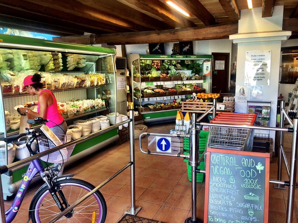 """Photo of CLOSED: S'Hortet Verd & Supermarcado Ecológico  by <a href=""""/members/profile/photoagency"""">photoagency</a> <br/>Inside the store <br/> May 17, 2015  - <a href='/contact/abuse/image/58394/102526'>Report</a>"""