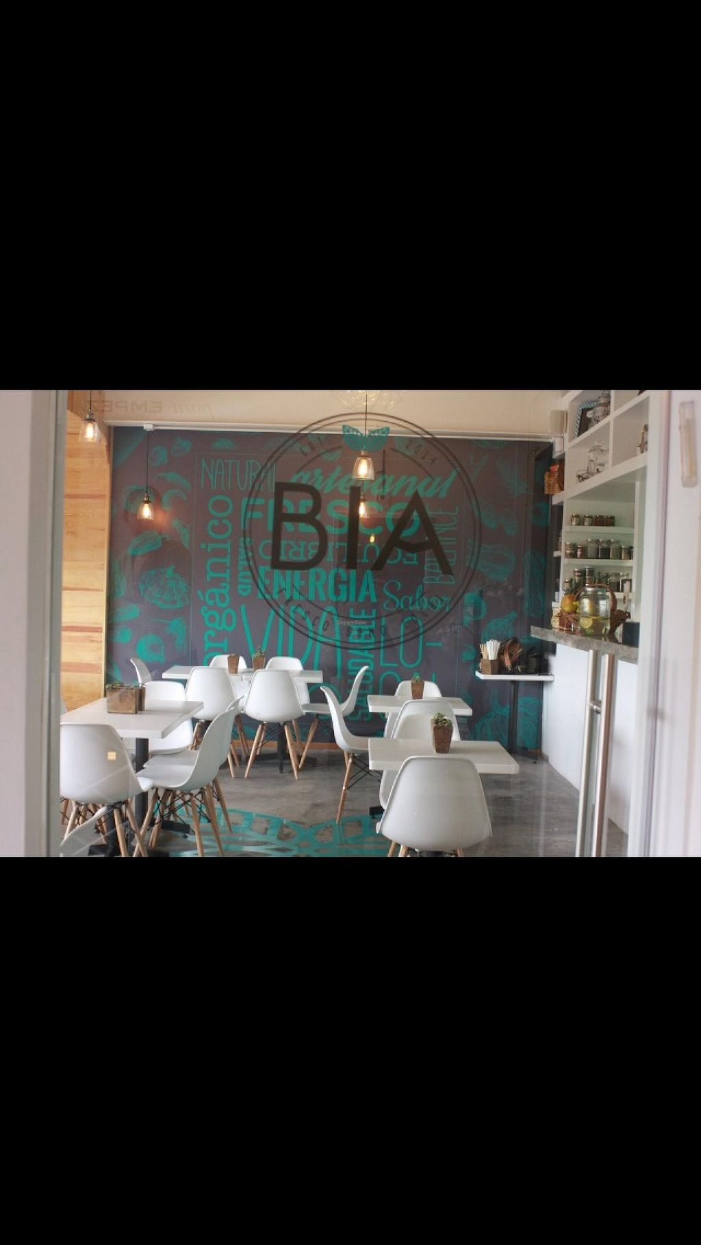 """Photo of BIA  by <a href=""""/members/profile/Margfasr"""">Margfasr</a> <br/>Restaurante!  <br/> May 22, 2015  - <a href='/contact/abuse/image/58563/103054'>Report</a>"""
