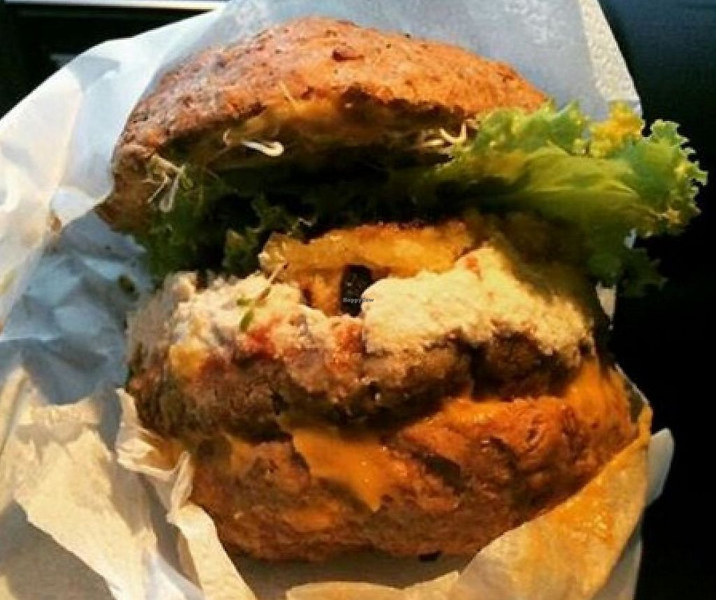 """Photo of Sabia Burguer  by <a href=""""/members/profile/community"""">community</a> <br/>Sabia Burguer <br/> May 21, 2015  - <a href='/contact/abuse/image/58565/310855'>Report</a>"""