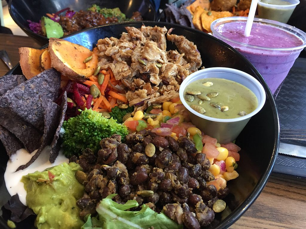 """Photo of Copper Branch - Rene Levesque  by <a href=""""/members/profile/C%C3%A9liaGrandhomme"""">CéliaGrandhomme</a> <br/>Aztec Power bowl & Einstein Smoothie  <br/> August 6, 2017  - <a href='/contact/abuse/image/58602/289805'>Report</a>"""