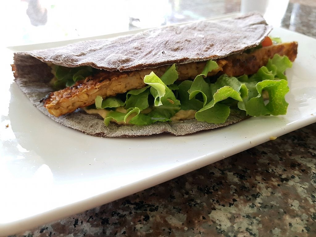 """Photo of Natural Efe Macrobiotic World  by <a href=""""/members/profile/vegatleticas"""">vegatleticas</a> <br/>Tempeh Pita <br/> February 26, 2018  - <a href='/contact/abuse/image/58626/364086'>Report</a>"""