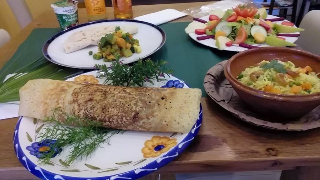 Photo of Vega Food  by devi banik <br/>Dosa / Rico / Sabji chapati <br/> January 30, 2016  - <a href='/contact/abuse/image/58628/134183'>Report</a>