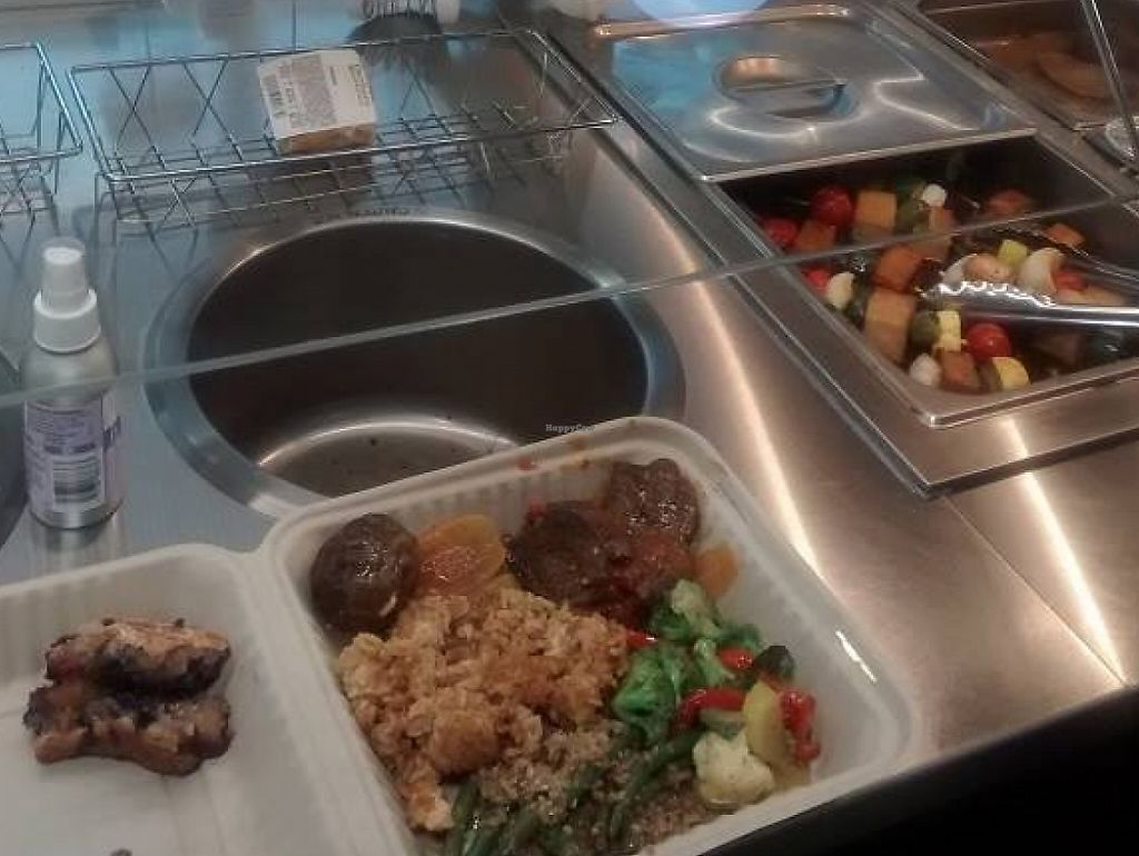"""Photo of Durham Co-op Market  by <a href=""""/members/profile/turtleveg"""">turtleveg</a> <br/>Vegan Hot Bar on Mondays <br/> September 1, 2015  - <a href='/contact/abuse/image/58642/214503'>Report</a>"""