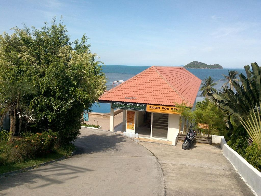 """Photo of CLOSED: Baan Jai Dee  by <a href=""""/members/profile/tcascade"""">tcascade</a> <br/>Baan Jai Dee 3 <br/> May 21, 2015  - <a href='/contact/abuse/image/58648/102982'>Report</a>"""