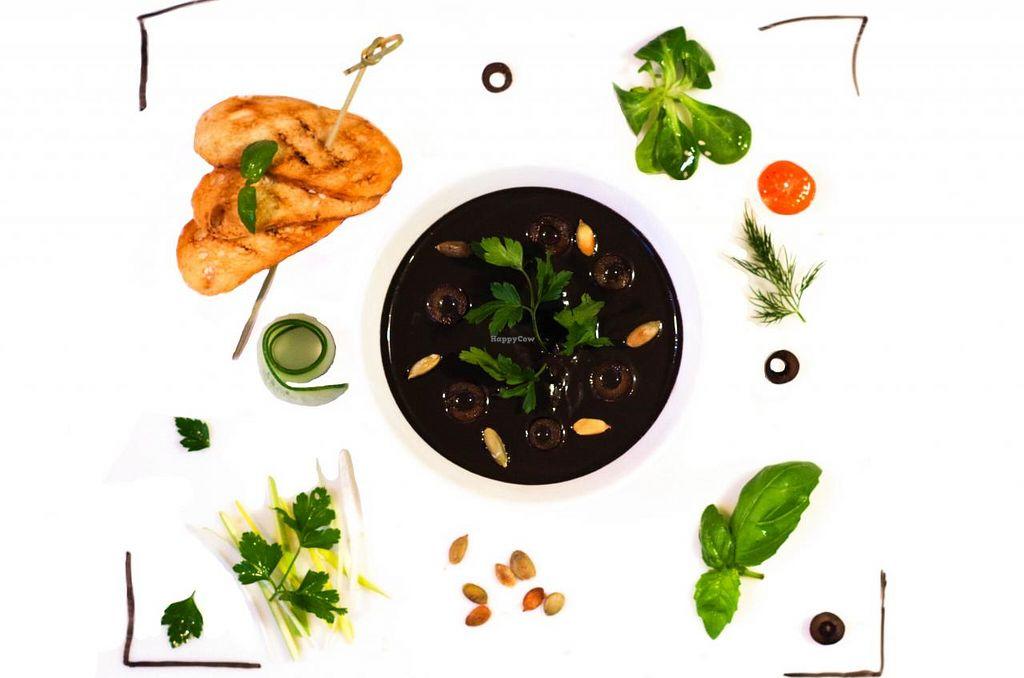 "Photo of Pauza In Garden  by <a href=""/members/profile/jkk"">jkk</a> <br/>Pauza's vegan menu <br/> May 25, 2015  - <a href='/contact/abuse/image/58649/103323'>Report</a>"