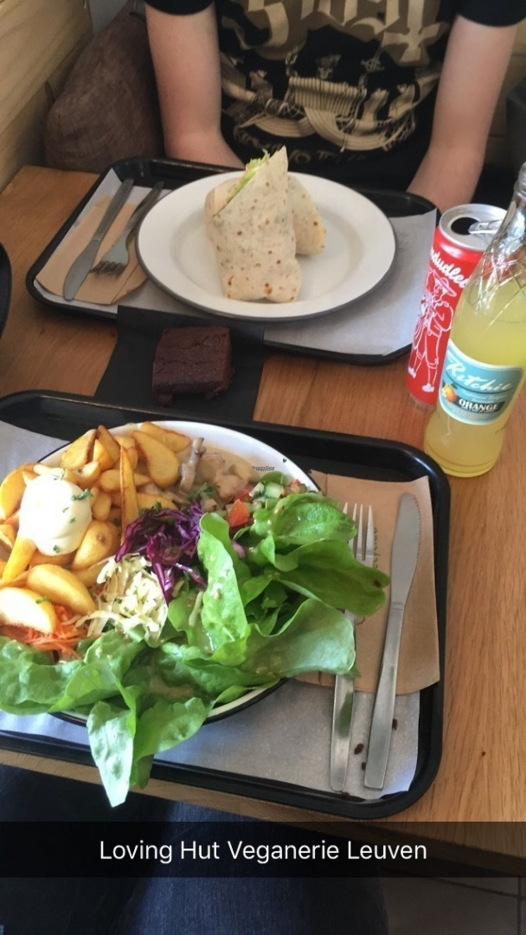 "Photo of Loving Hut Veganerie  by <a href=""/members/profile/aertskato"">aertskato</a> <br/>vegan vol-au-vent with lemonade and a brownie for €15 for Dagen Zonder Vlees <br/> April 14, 2017  - <a href='/contact/abuse/image/58660/247939'>Report</a>"